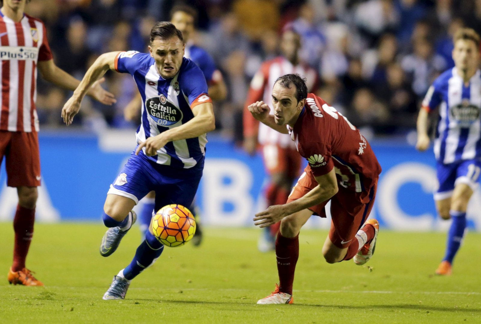 Lucas Perez is perfect for Newcastle United this summer