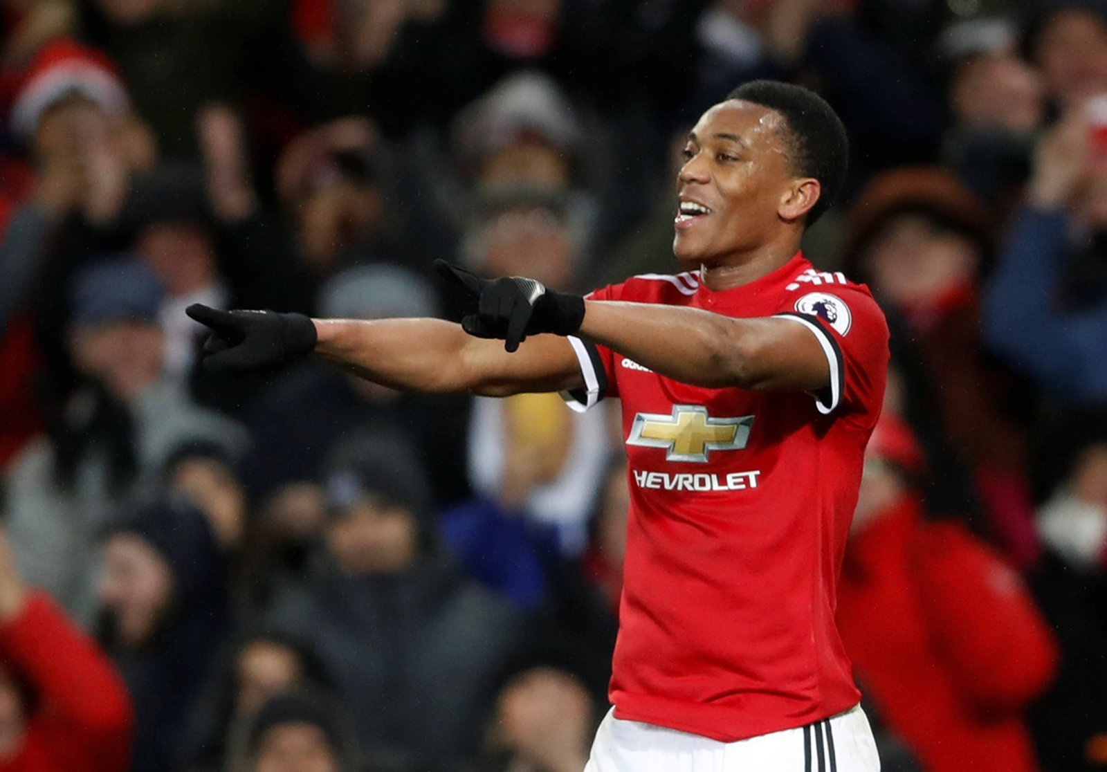 Manchester United: Fans react to Anthony Martial's debut