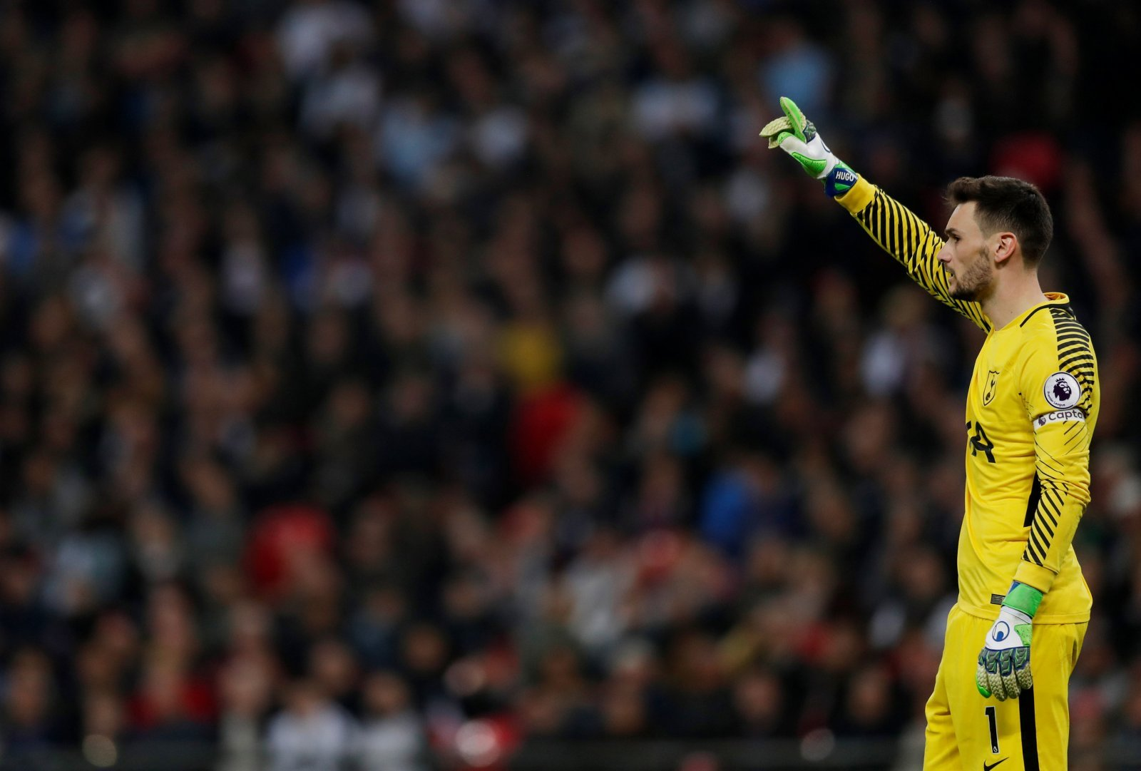 Tottenham fans are furious with Hugo Lloris after PSV clash