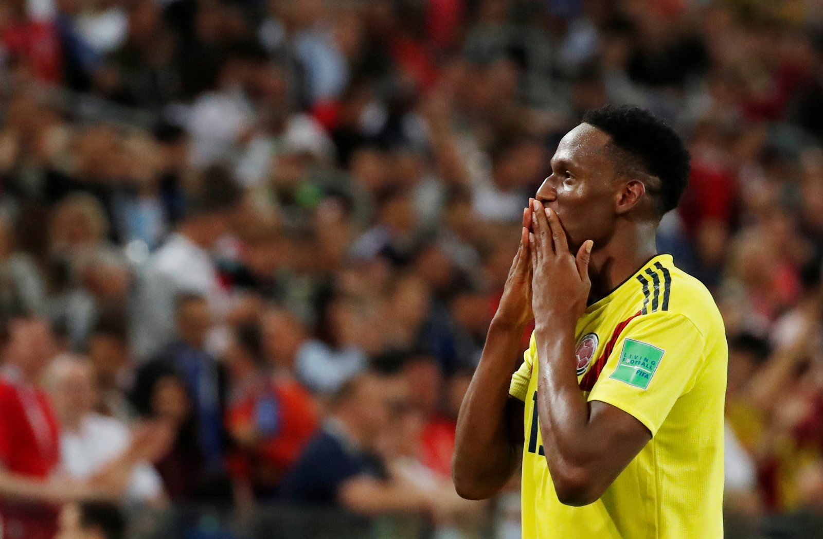 With the Lascelles deal looking dead, West Ham should move for Mina