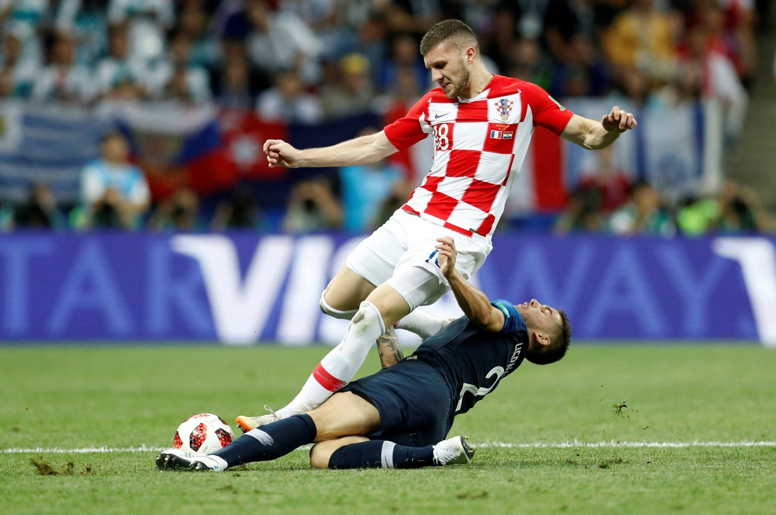 Manchester United should avoid signing overpriced Ante Rebic