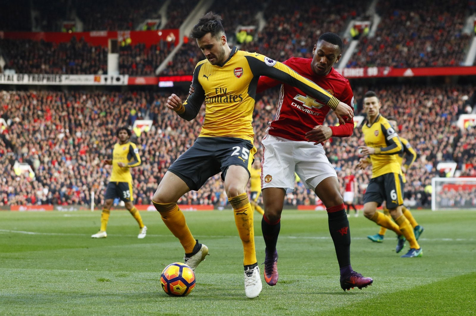 Arsenal fans on Twitter praise Jenkinson after Cardiff City cameo
