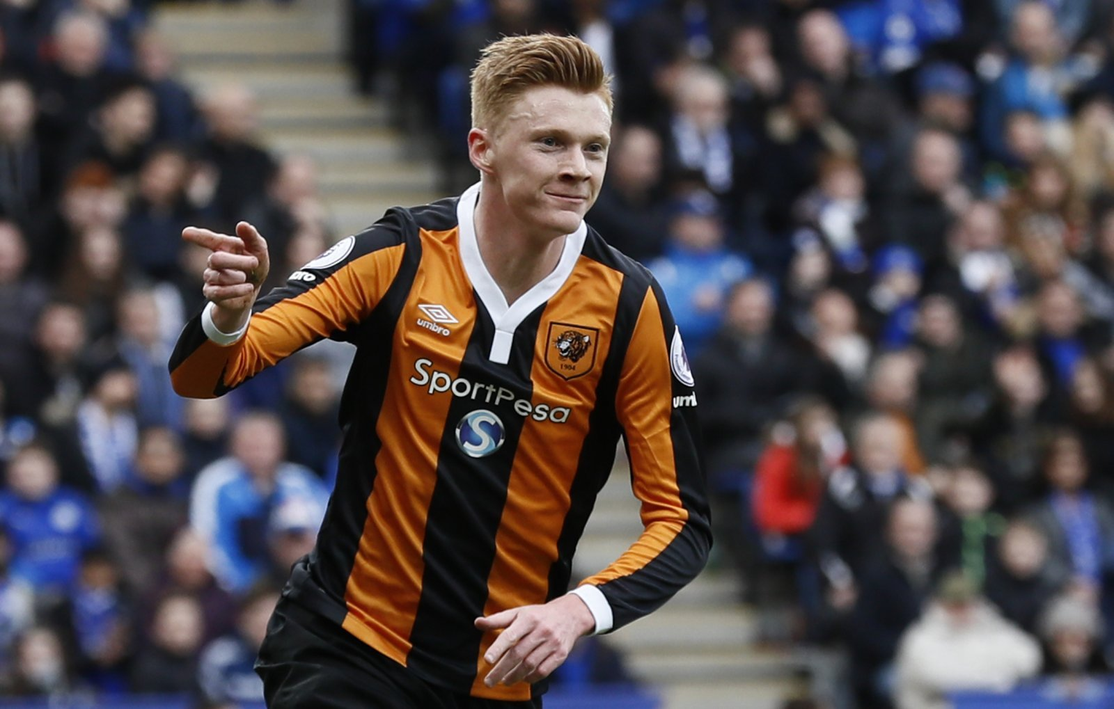 Sam Clucas would seriously add to Burnley squad ahead of Europa League campaign