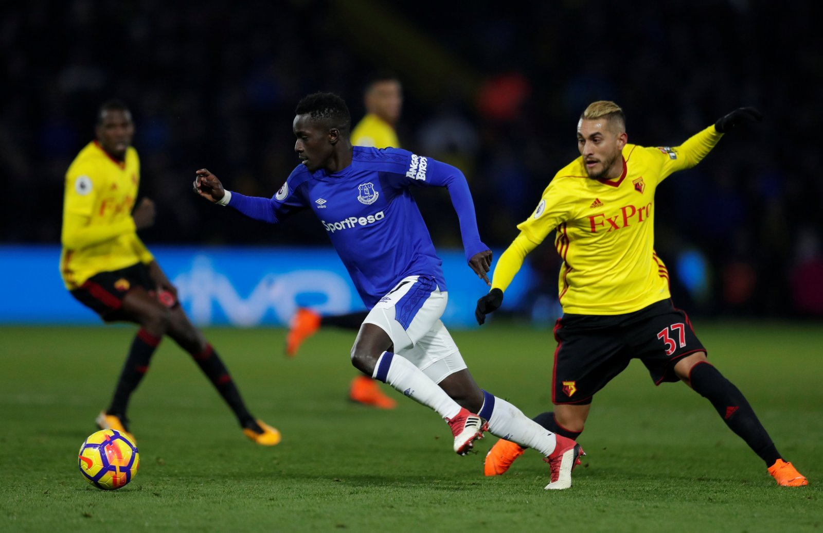 Everton fans on Twitter wax lyrical over Idrissa Gana Gueye