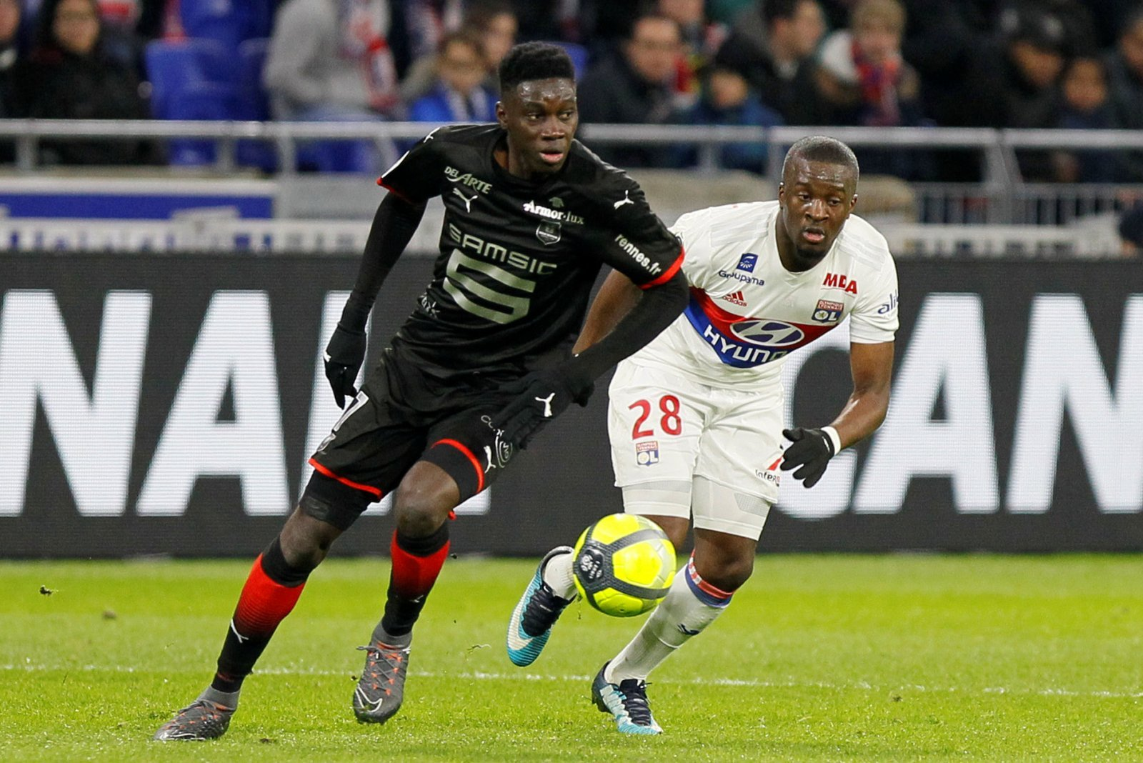 Arsenal fans on Twitter would love to see Emery sign Stade Rennais' Sarr