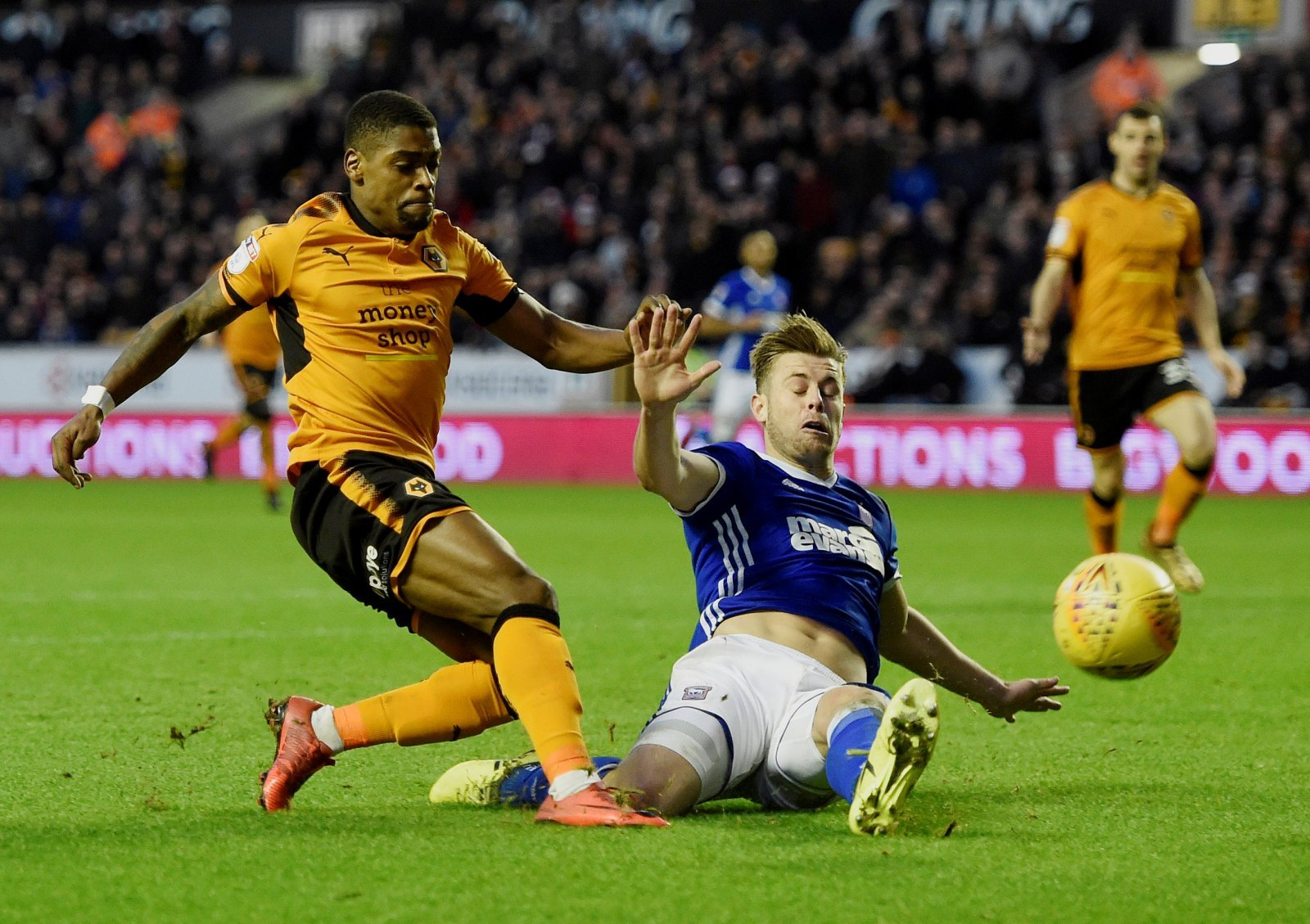 Domino effect: Traore to Wolves could see West Brom pounce for Cavaleiro
