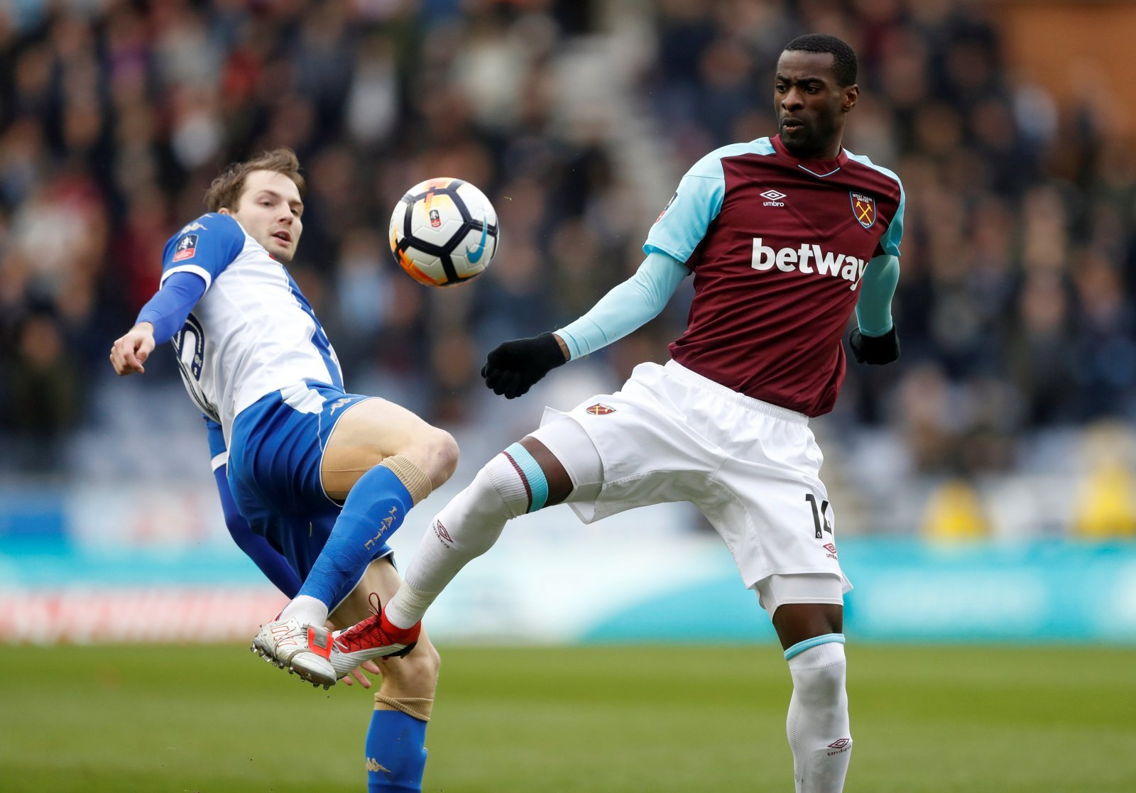 West Ham supporters on Twitter unhappy with the potential sale of Obiang
