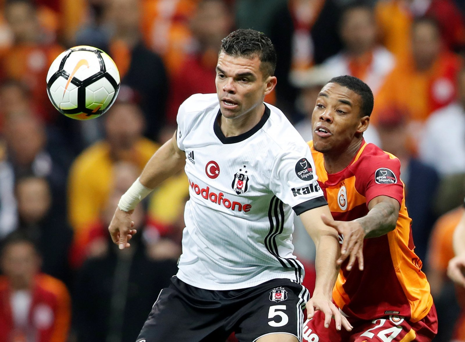 Pepe wants Wolves move