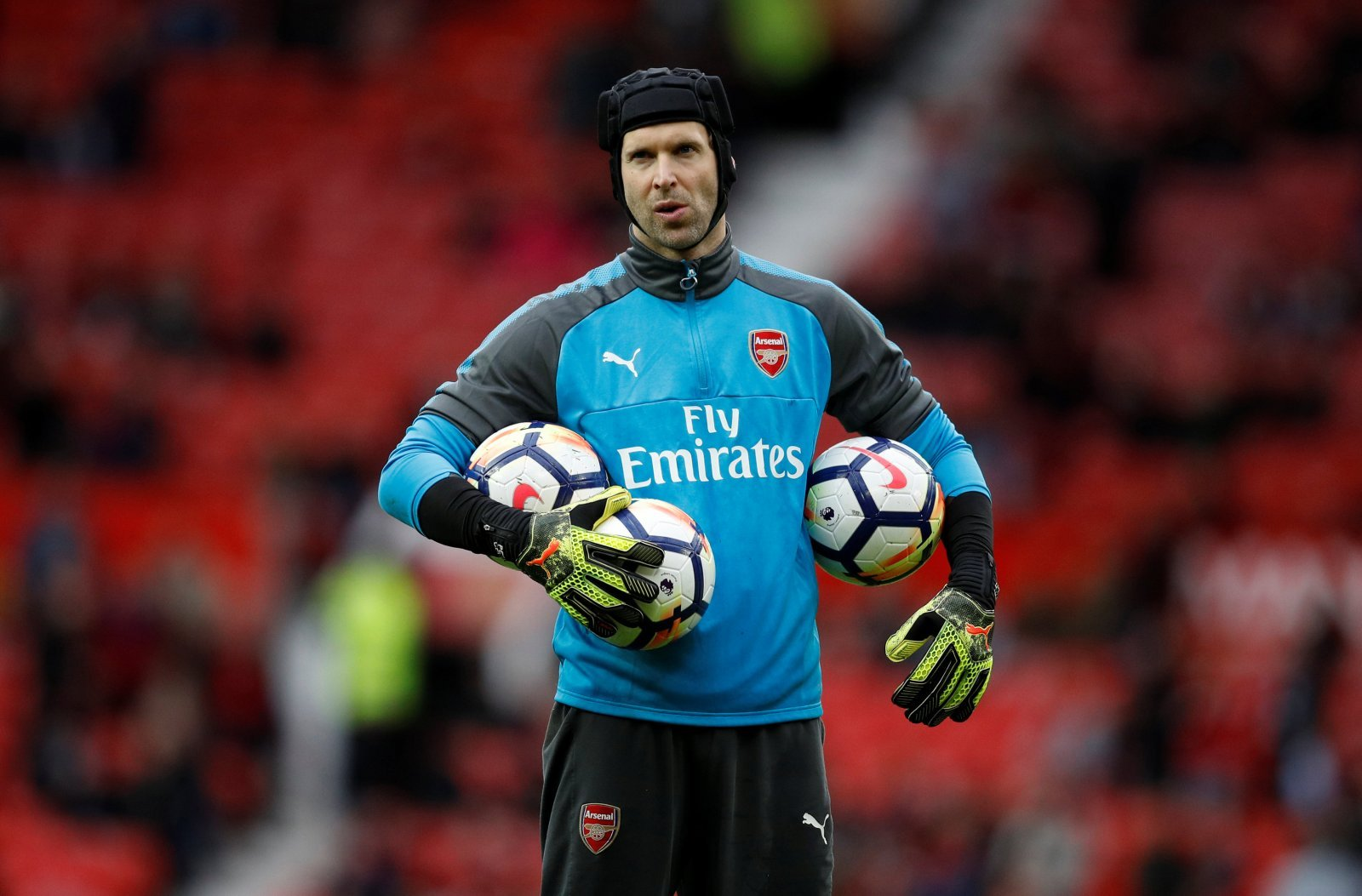 Arsenal fans were wrong to criticise Petr Cech following superb performances