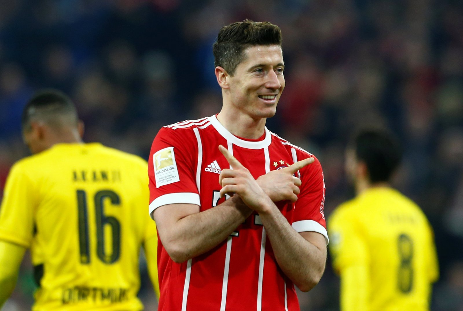 Lewandowski to Manchester United would be a terrible move by Mourinho