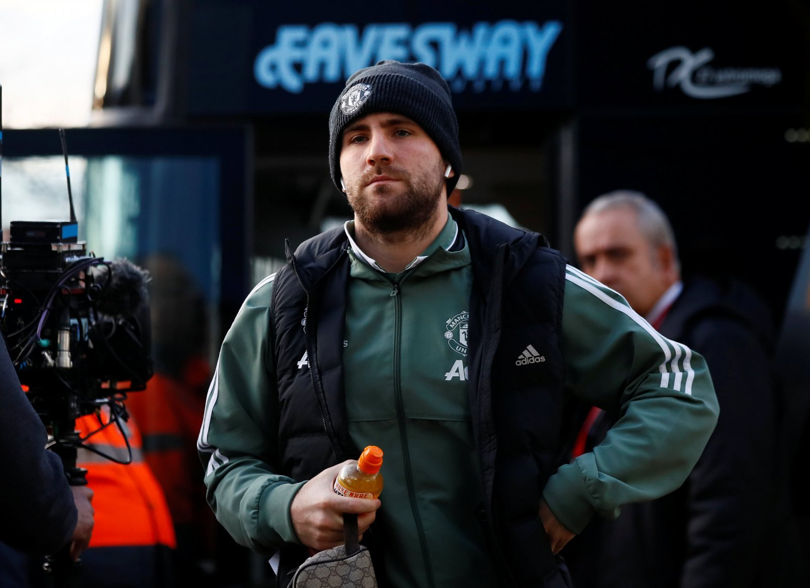 Luke Shaw can get back to his best in time for Euro 2020 if he moves to Everton