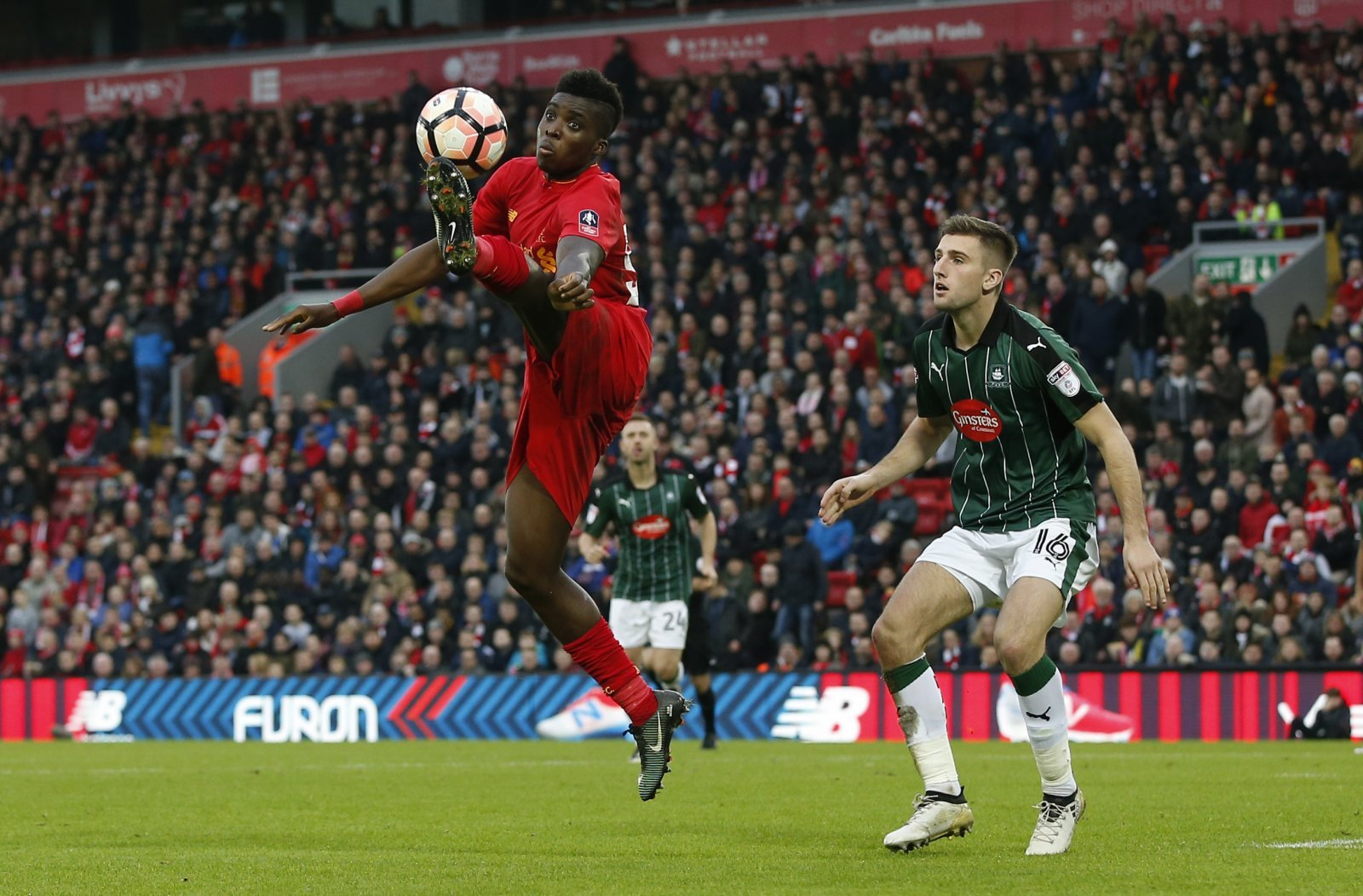 Leeds simply must seek to make a move for linked-away Liverpool youngster Sheyi Ojo
