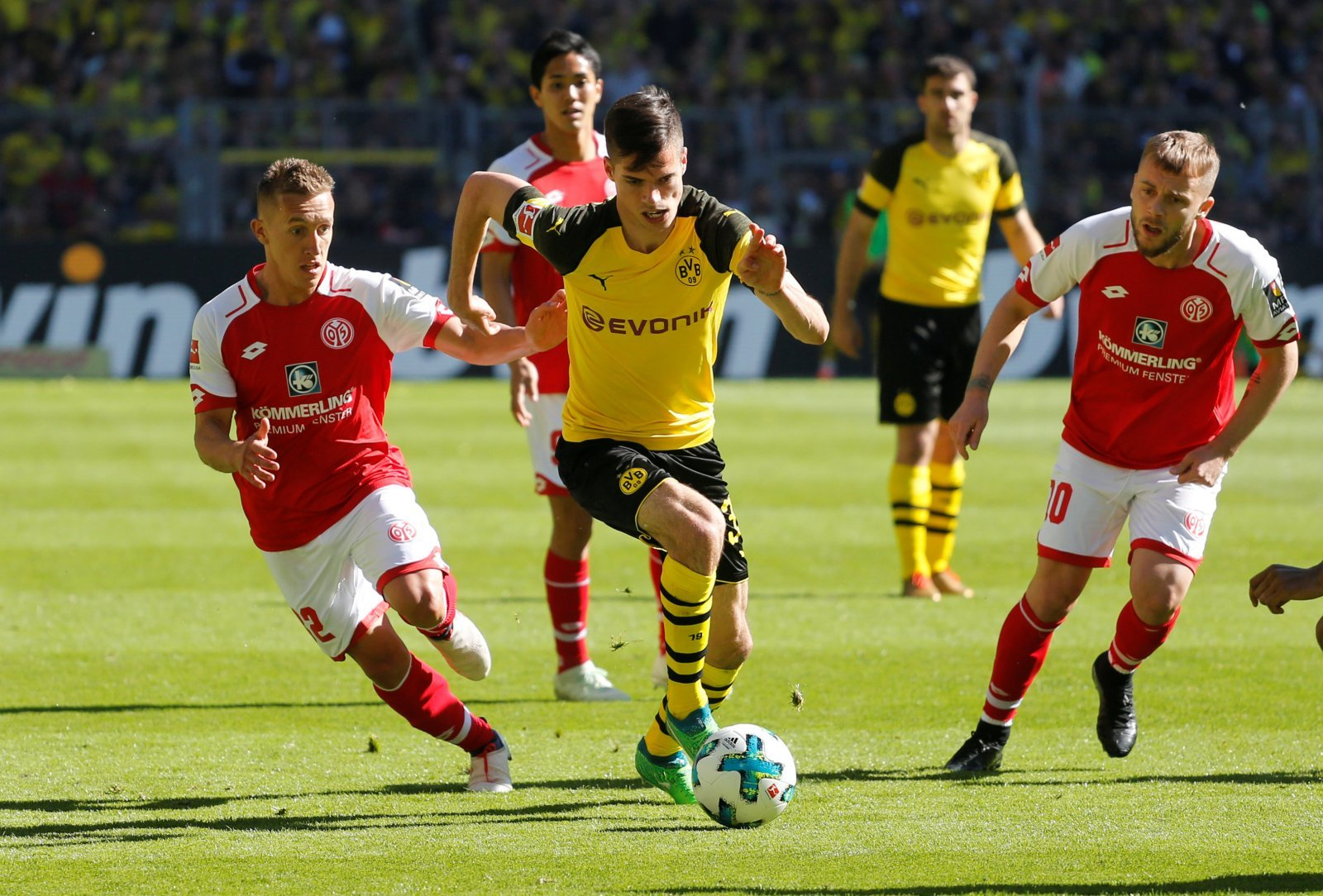 Manchester City will be quoted £68 million if they come knocking for Julian Weigl