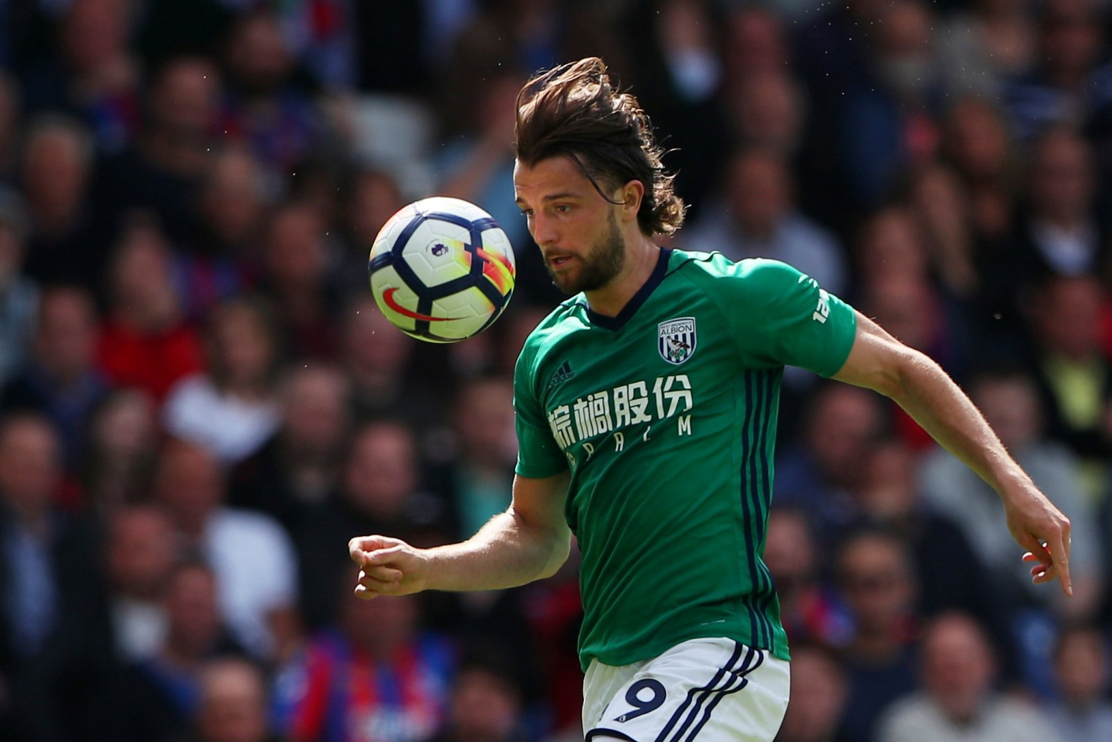 Burnley to make improved offer for Jay Rodriguez