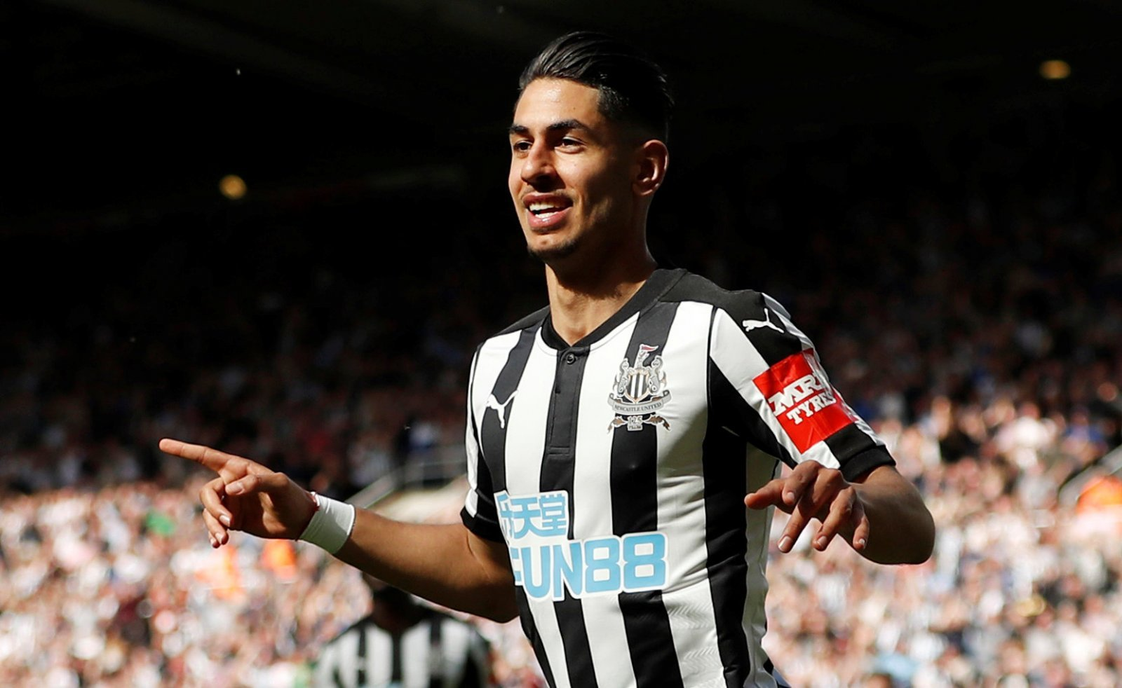 Newcastle fans on Twitter really want to see an Ayoze Perez goal