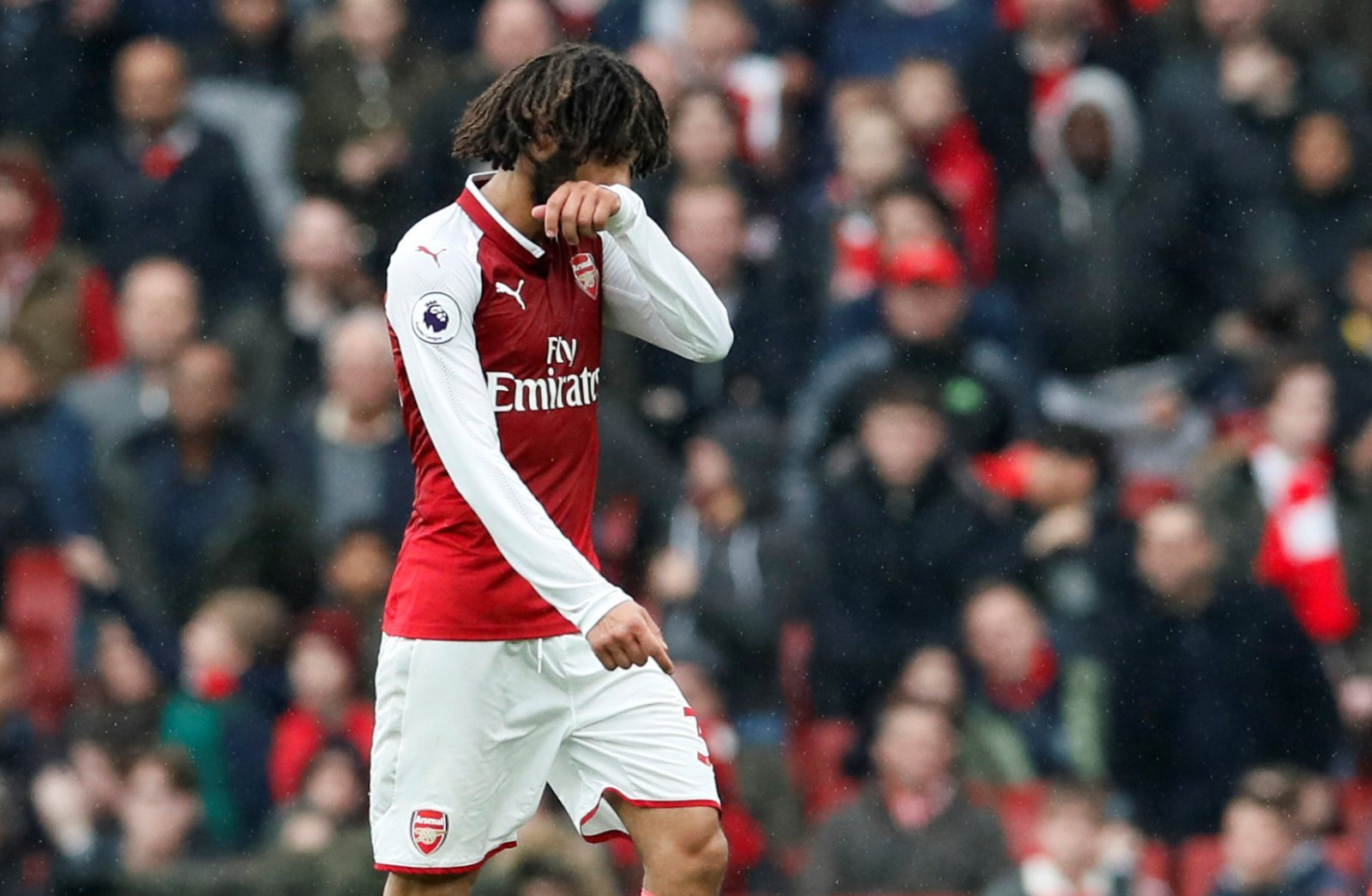 Emery can get Arsenal's transfer window going by ditching Elneny