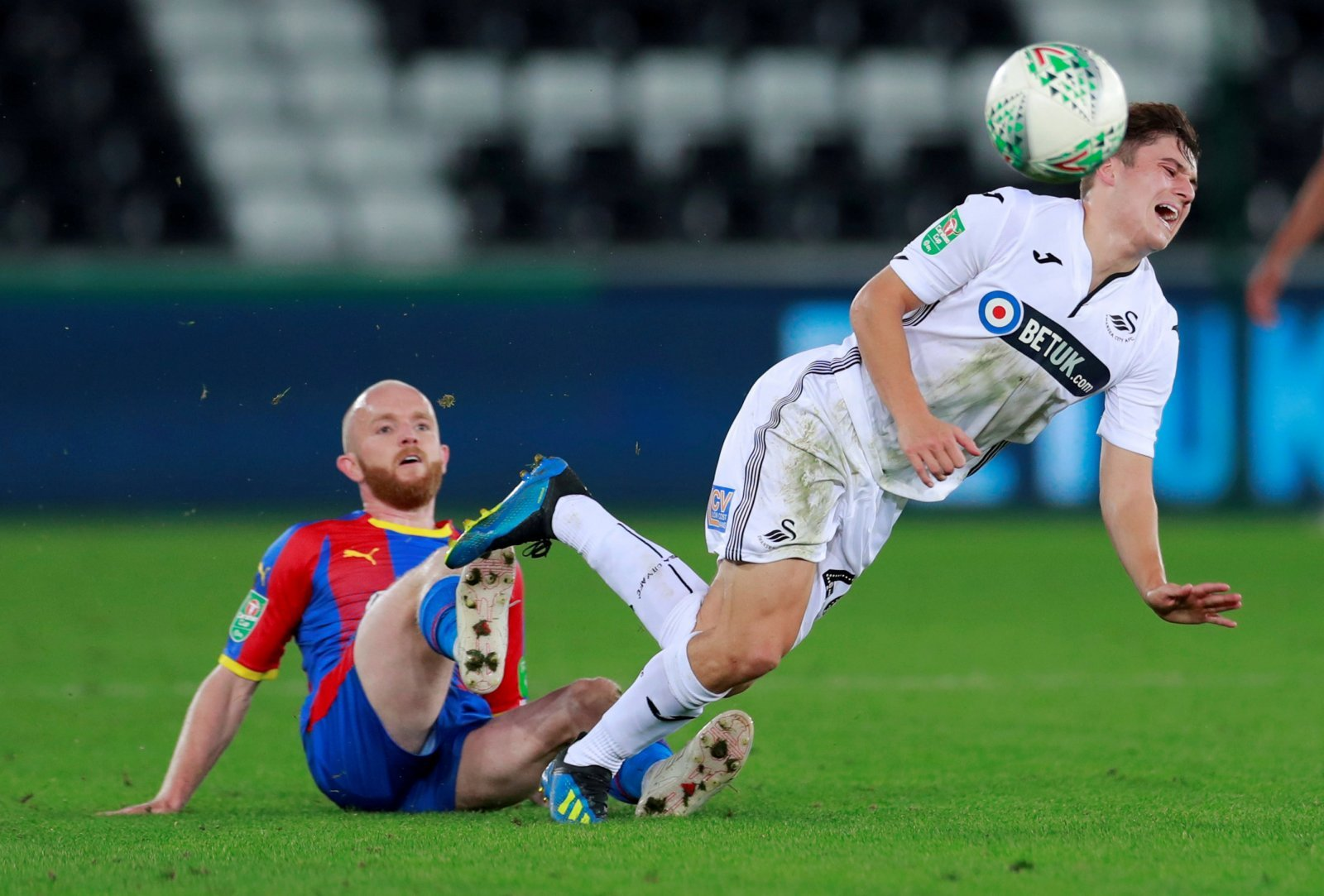 Luton Town: Signing Jonny Williams will be a sign of intent from Hatters