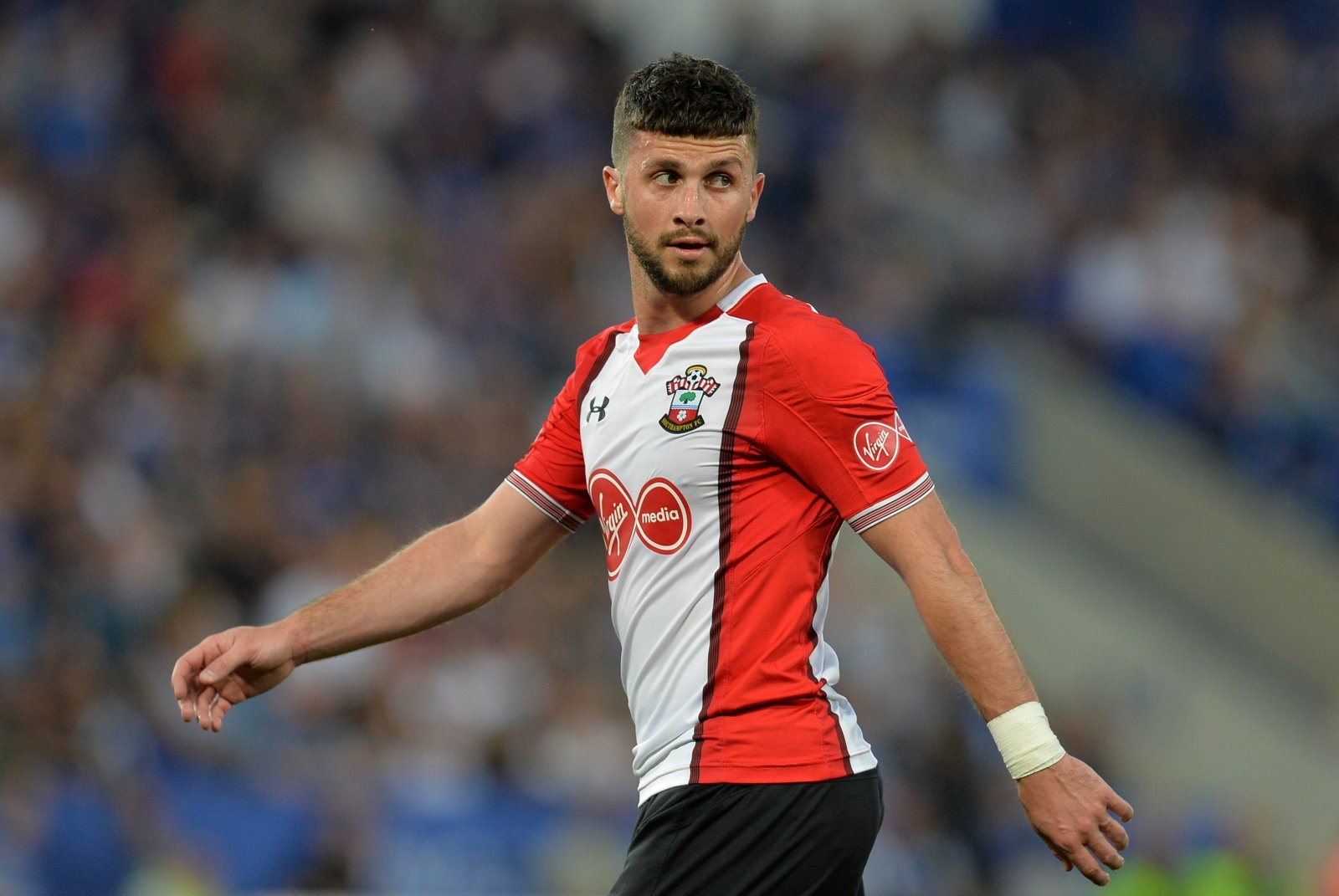 Shane Long gives Southampton an injury concern