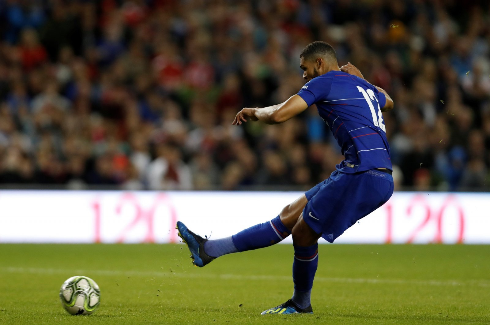 Tottenham should be attempting to offer Ruben Loftus-Cheek what Chelsea can't