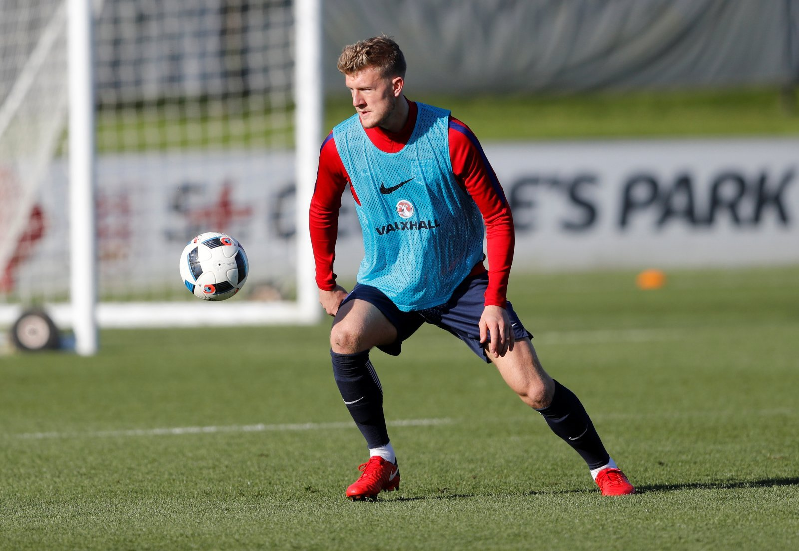 Worrall dampens rumours of Rangers stay