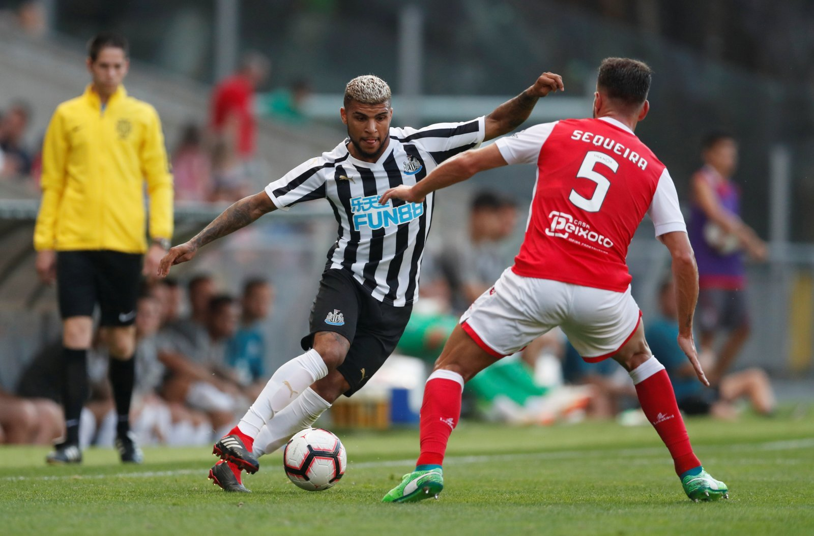Yedlin injury shows that Newcastle are already paying price for poor summer spending