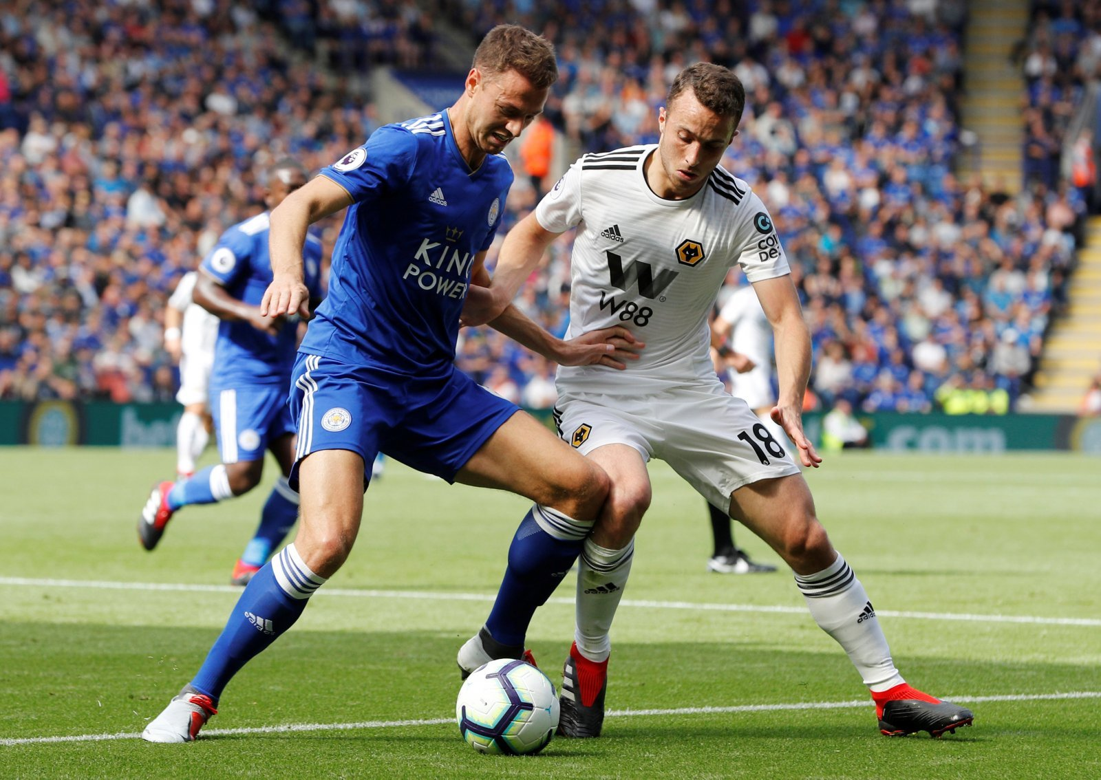 Leicester City: Jonny Evans reveals what people don't see about Harry Maguire