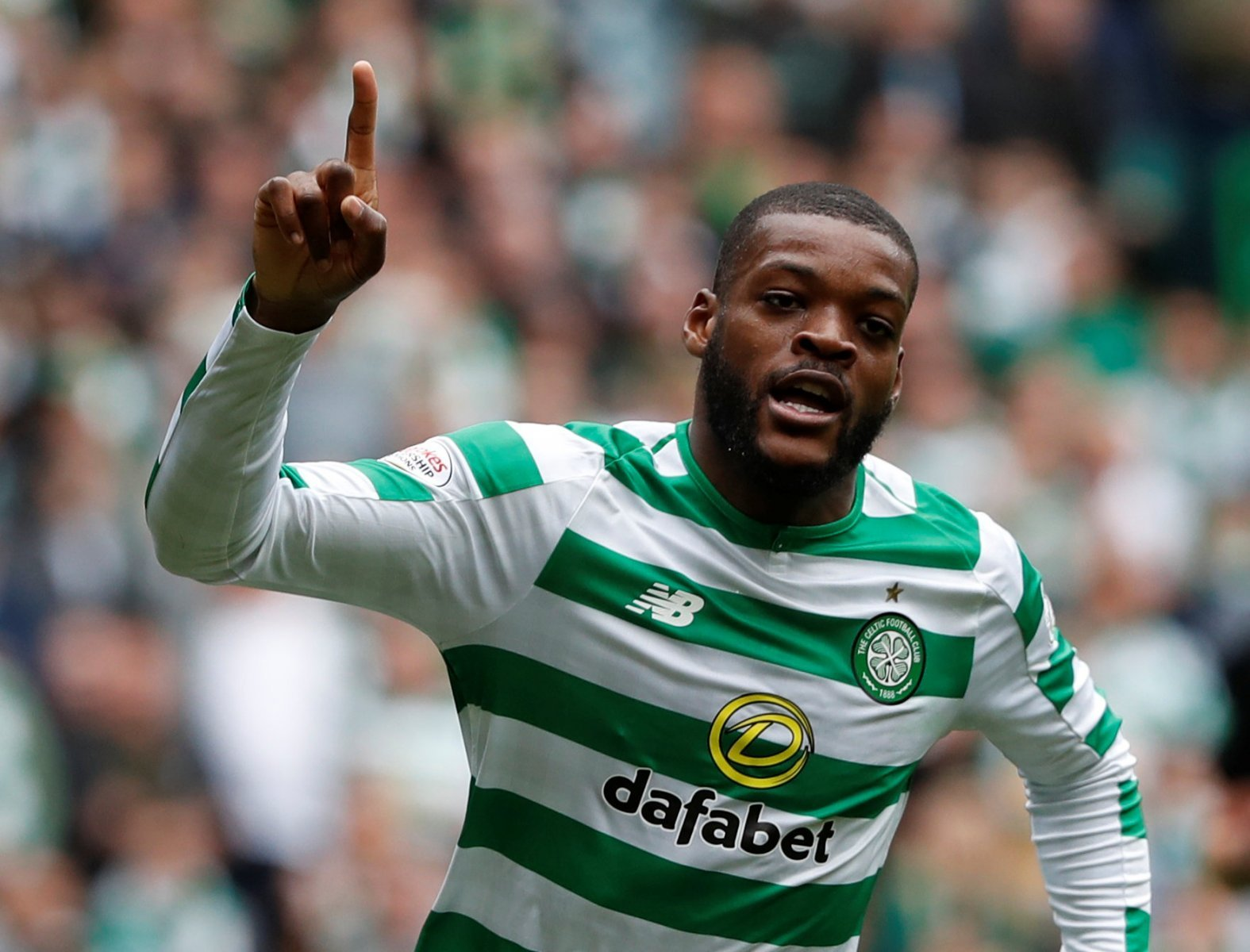 Celtic fans on Twitter desperate to accept huge bid for Ntcham
