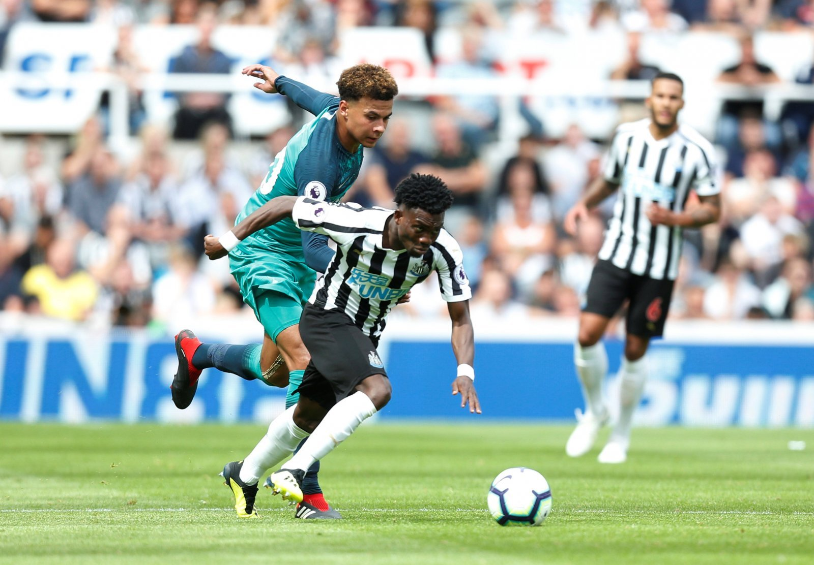 Newcastle fans are spot on: Christian Atsu seriously needs to buck his ideas up