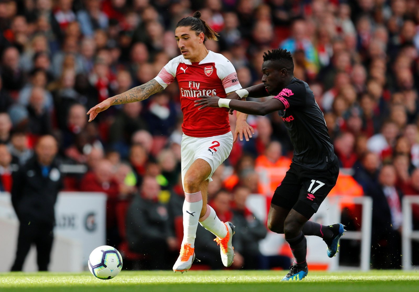 Arsenal fans are absolutely spot on: Hector Bellerin seriously needs to improve