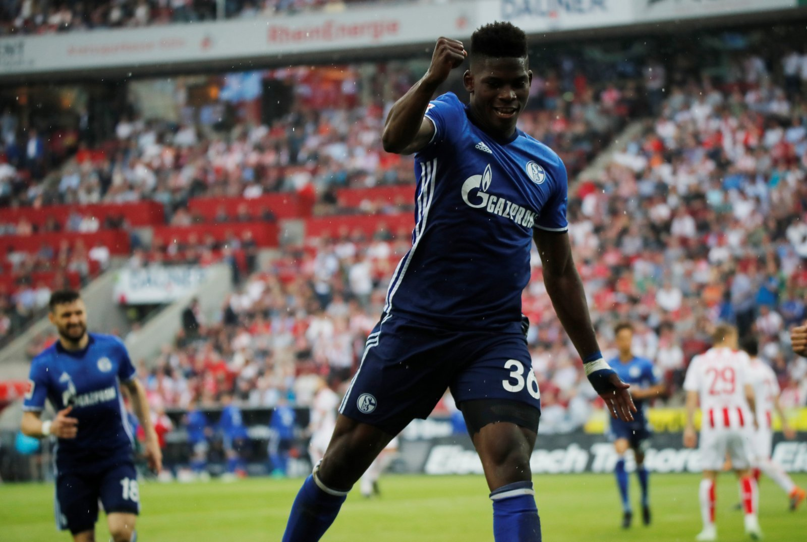 Everton should turn to Breel Embolo as a versatile forward option