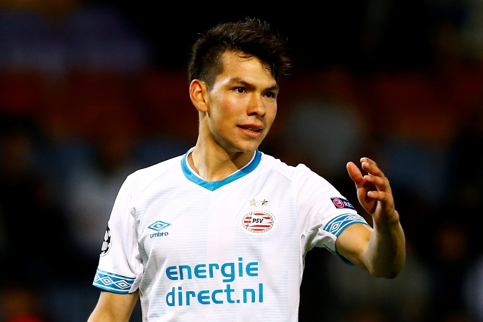 Tottenham keeping tabs on Hirving Lozano