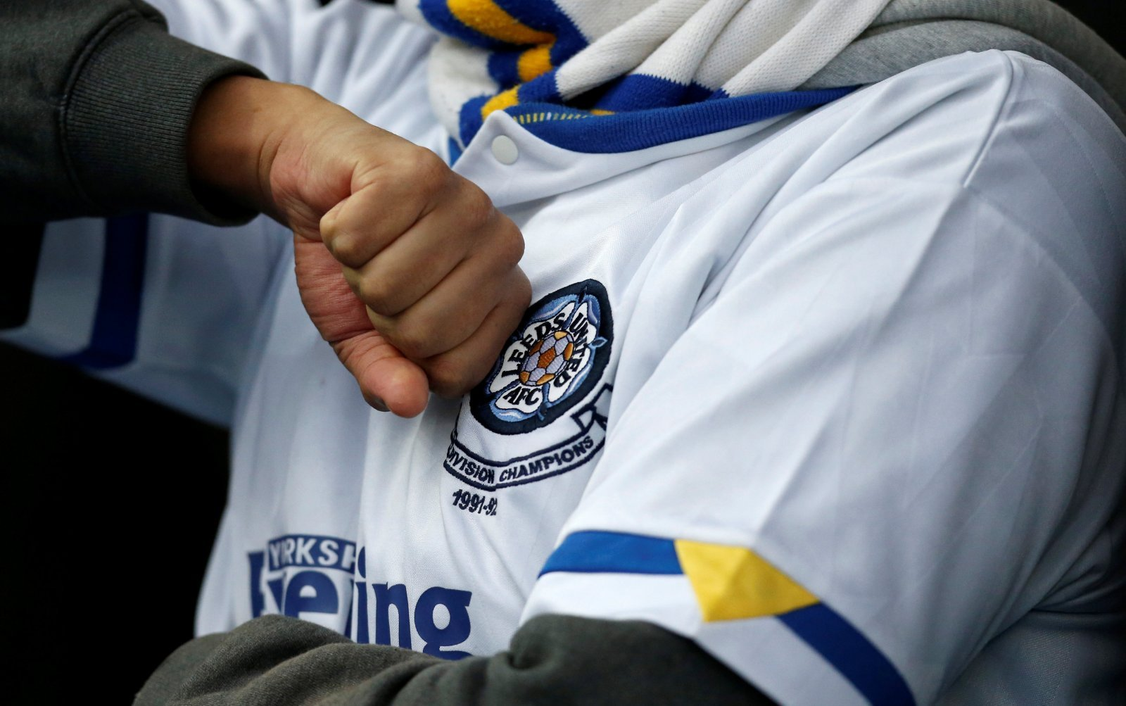 Leeds United's U18 side thrill supporters on Twitter