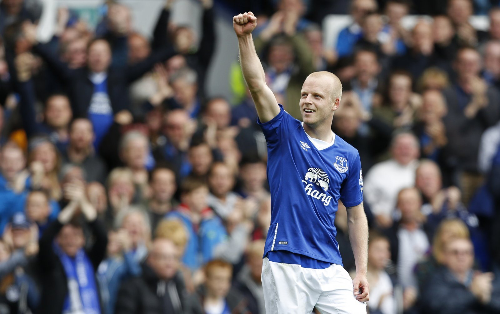 Some Everton fans call for Steven Naismith to return to Goodison Park