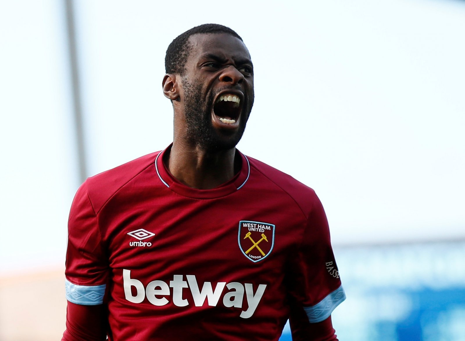Pedro Obiang had a complete shocker against Huddersfield yesterday