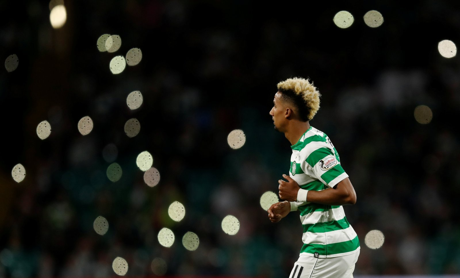 Celtic fans on Twitter spent the half-time break demanding Sinclair come off last night