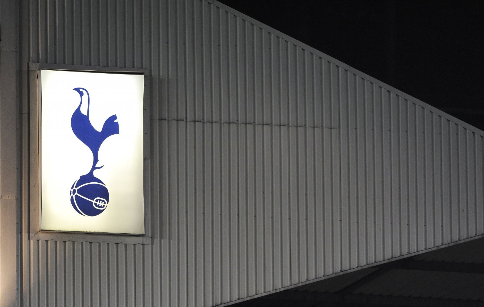 Arsenal fans take to Twitter in hysterics at Spurs' U18s bottling it