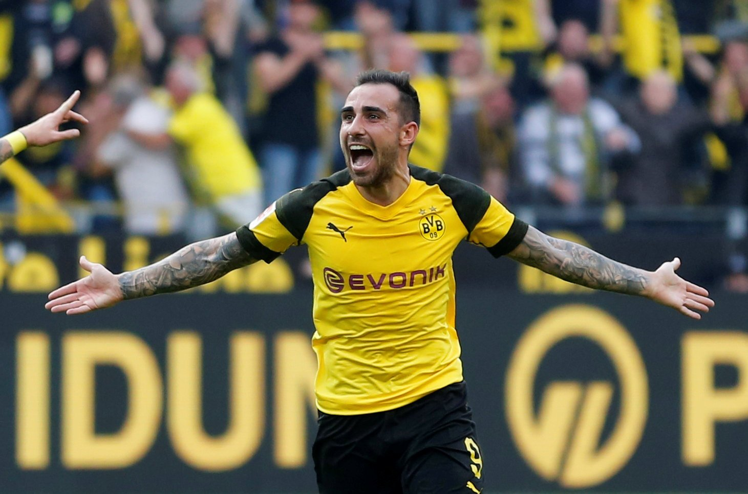 Alcacer is just perfect for a Tottenham Hotspur side looking to get better