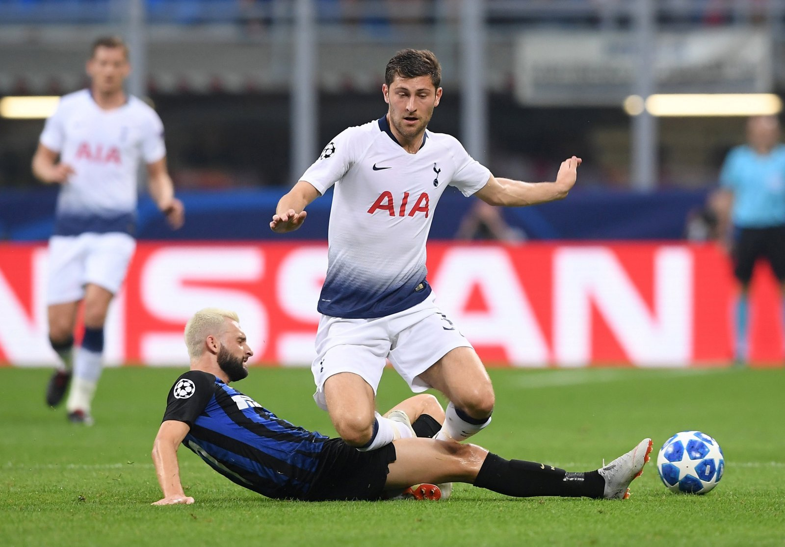 Tottenham fans on Twitter couldn't get enough of sublime Ben Davies yesterday