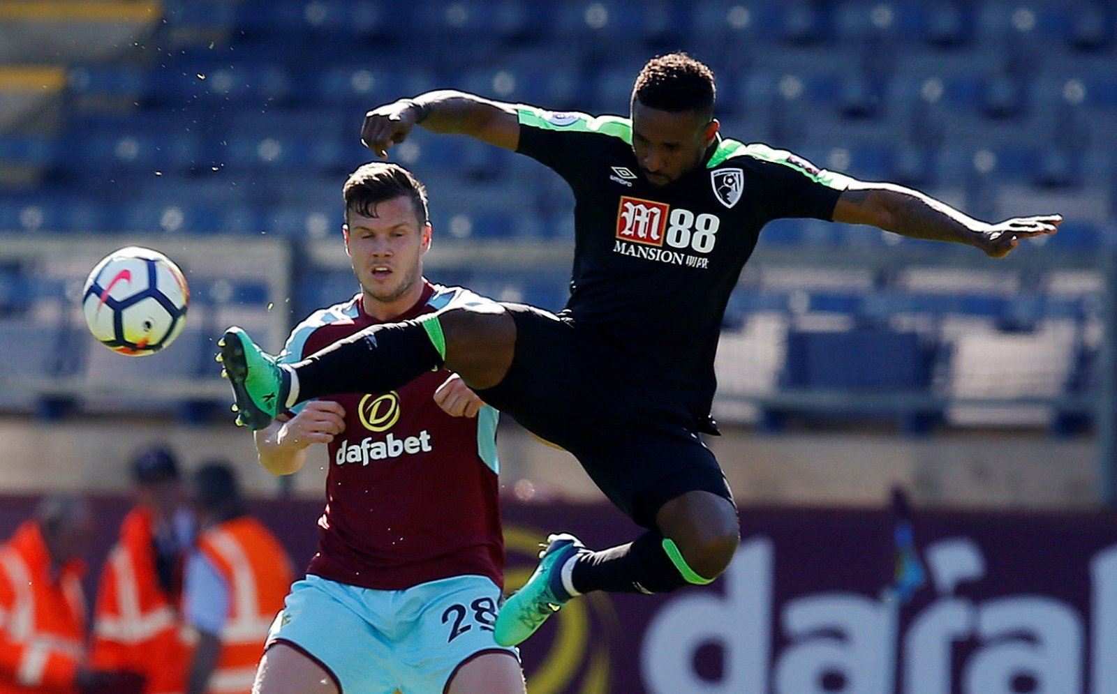 Sheffield United weigh up move for Jermain Defoe