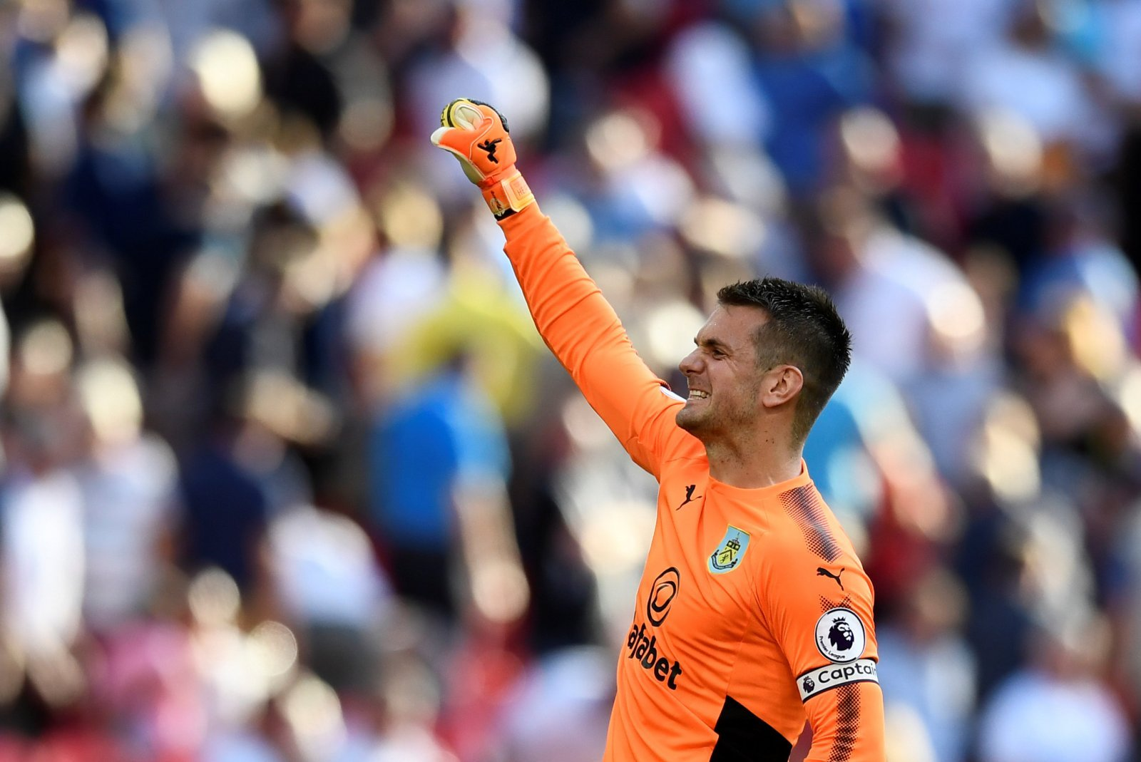 Recent revelations should prompt Celtic to move for Tom Heaton