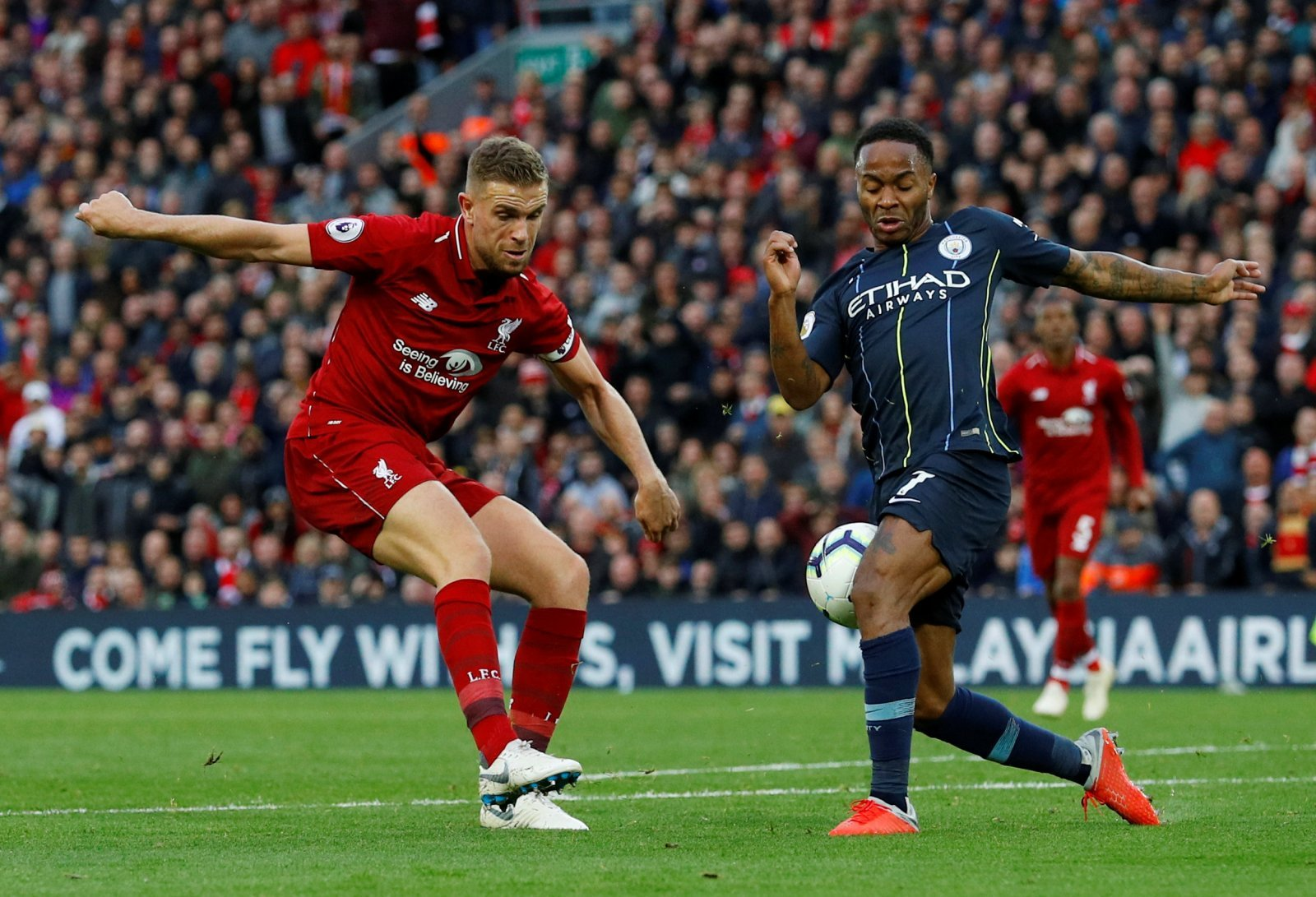 Liverpool fans on Twitter glad to see Henderson return from injury
