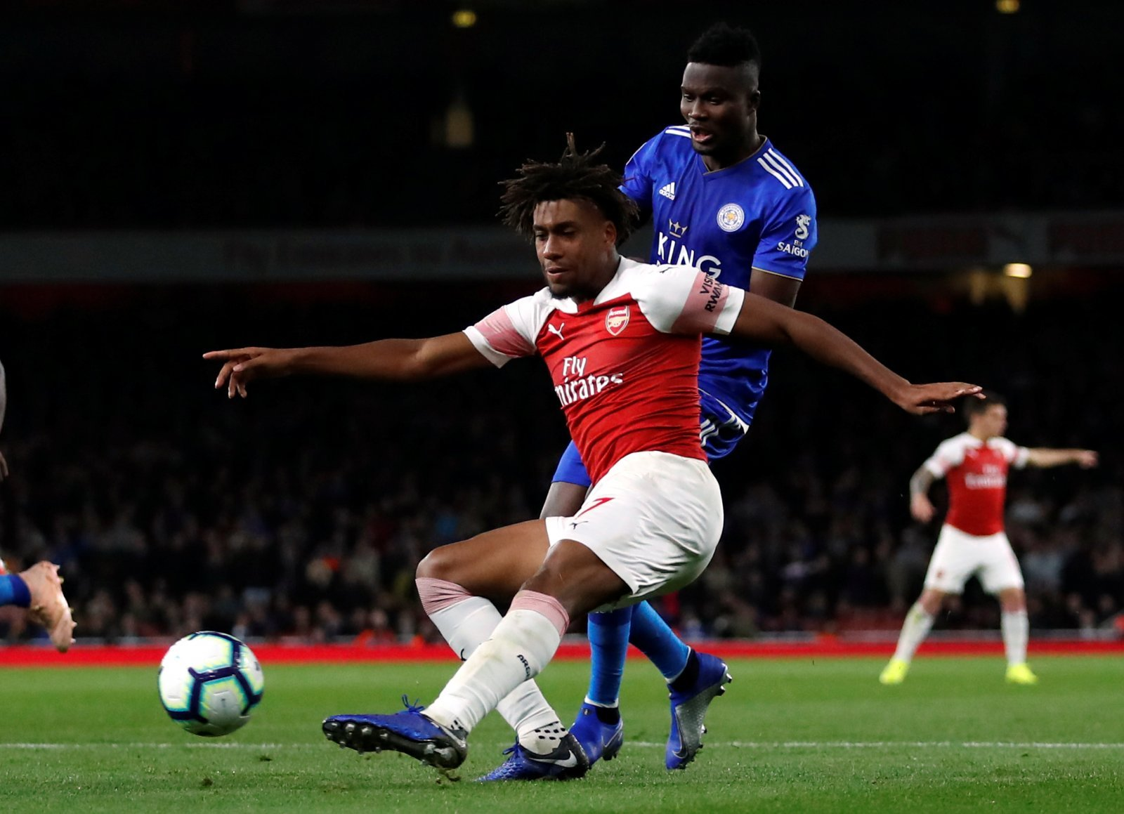 Arsenal fans on Twitter call for Alex Iwobi to up his game