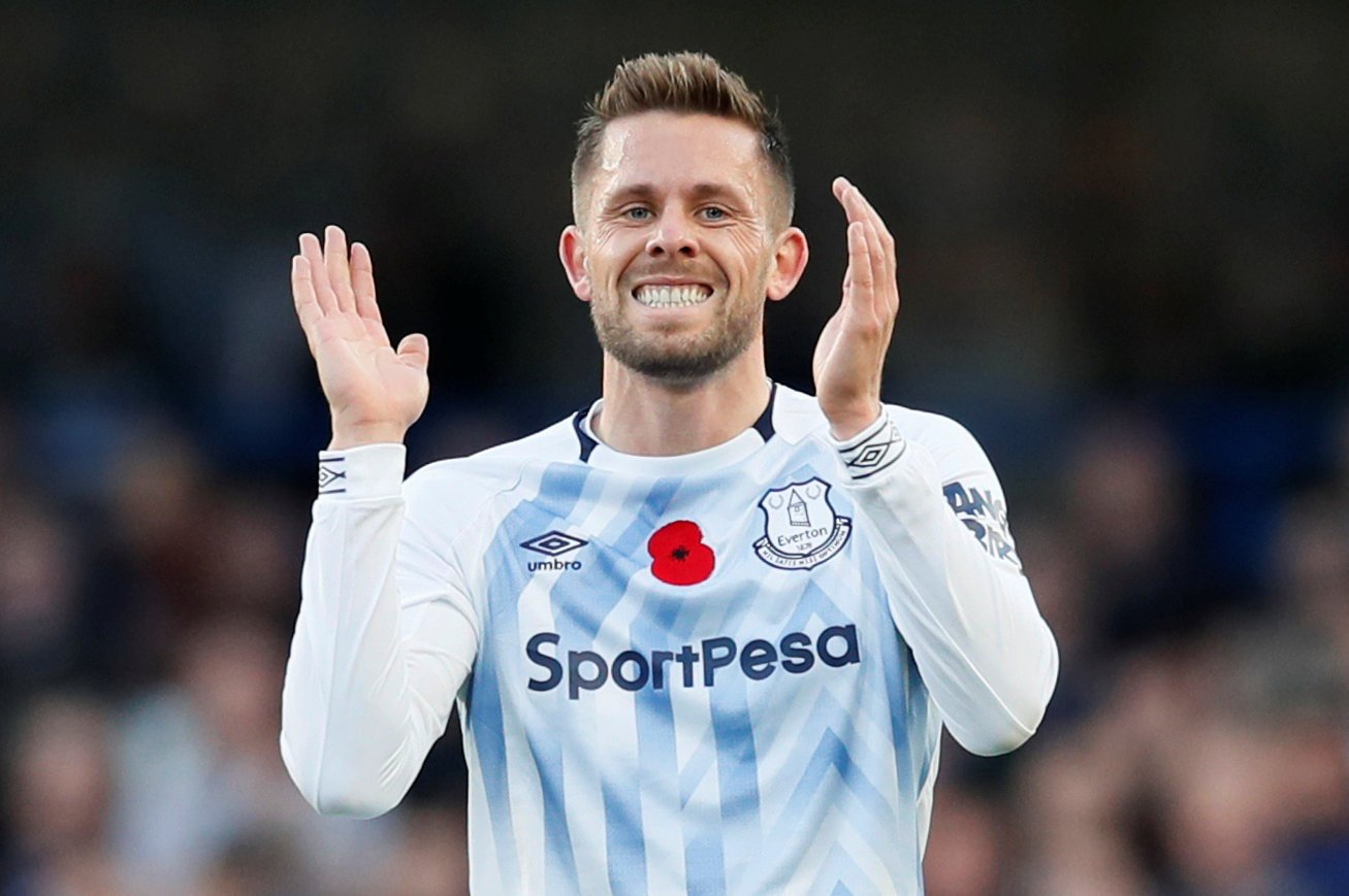 Everton: Fans react negatively to Gylfi Sigurdsson's training screamer