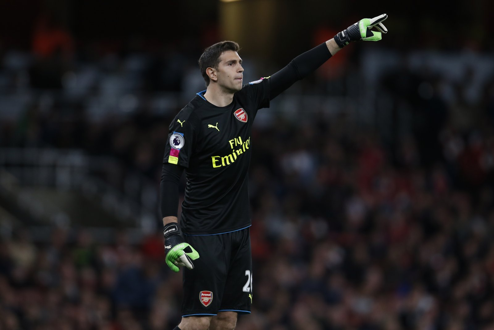 Arsenal: Fans praise Emiliano Martinez following goodbye post to Unai Emery