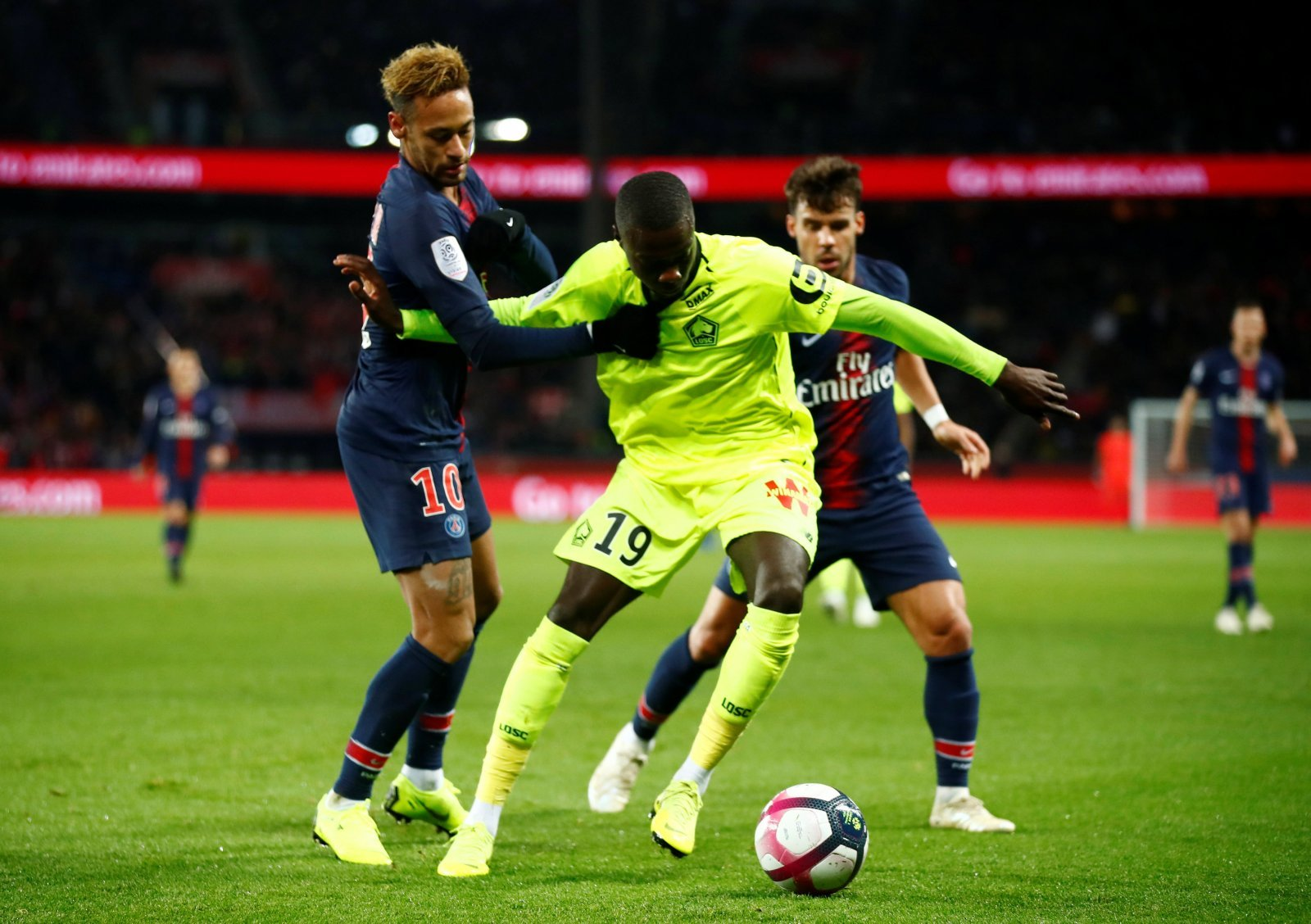 Everton suffer setback in pursuit of Nicolas Pepe