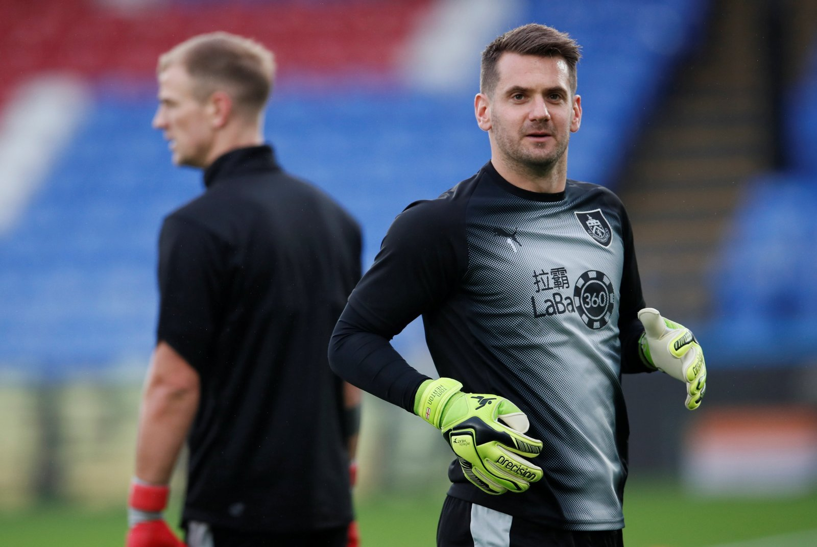Opinion: Dean Smith should sanction Tom Heaton deal after Sean Dyche gives green light