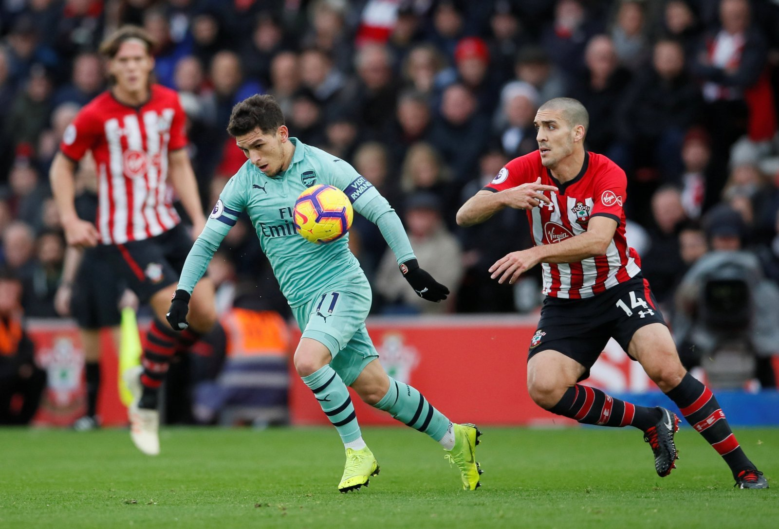 Arsenal fans take to Twitter to fume at Torreira's dismissal