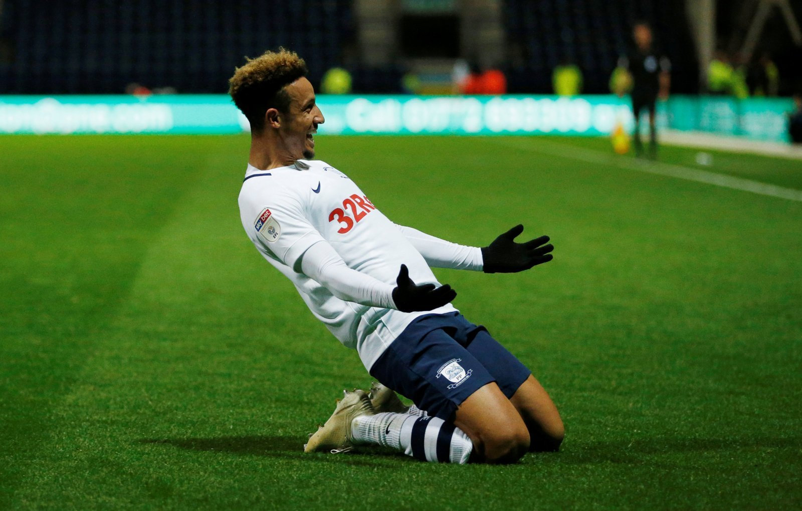 Sheffield United: Blades' £6m bid for Callum Robinson accepted by Preston North End