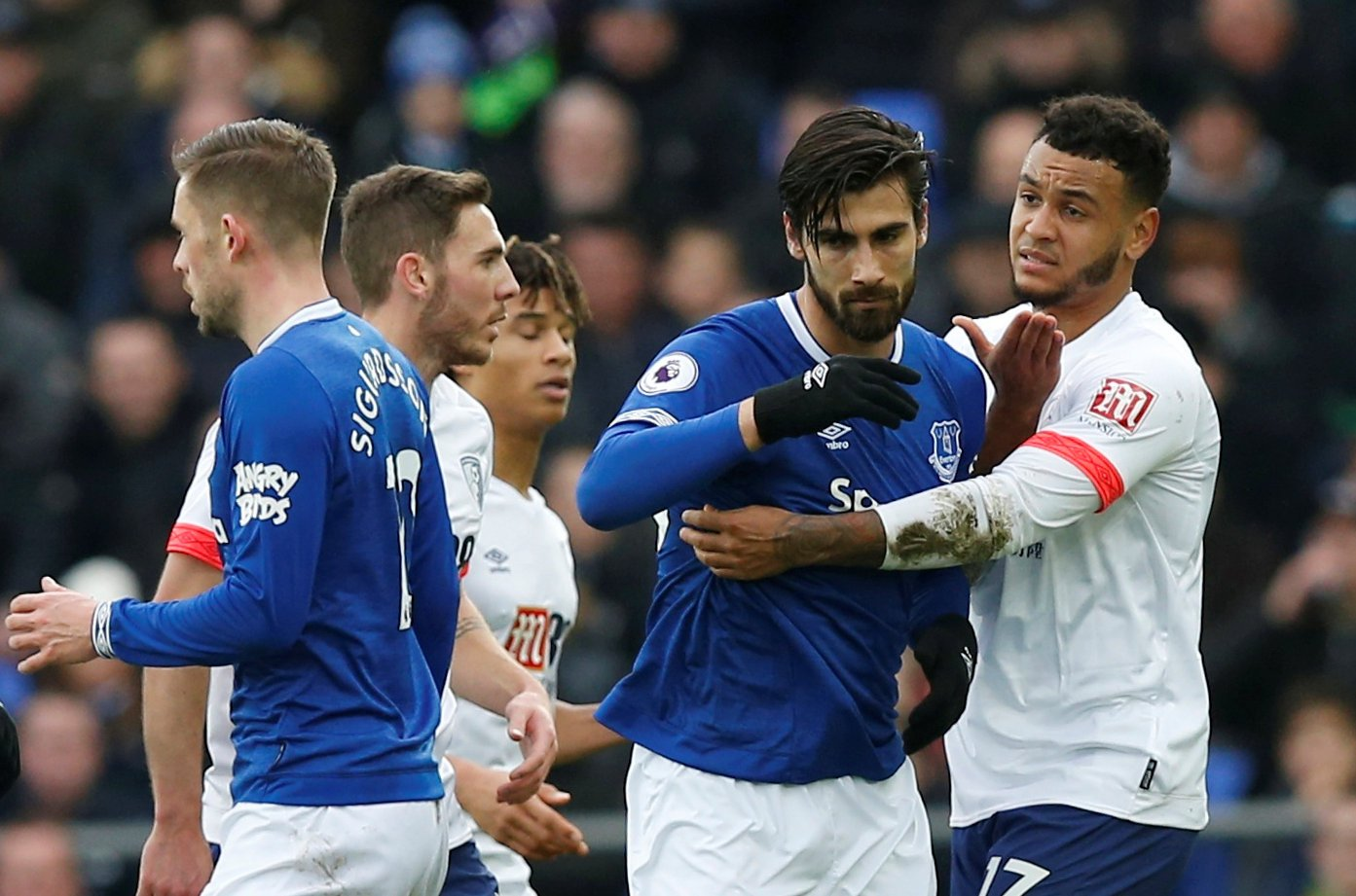 97% of polled Everton fans want Marcel Brands to conclude permanent deal for Andre Gomes