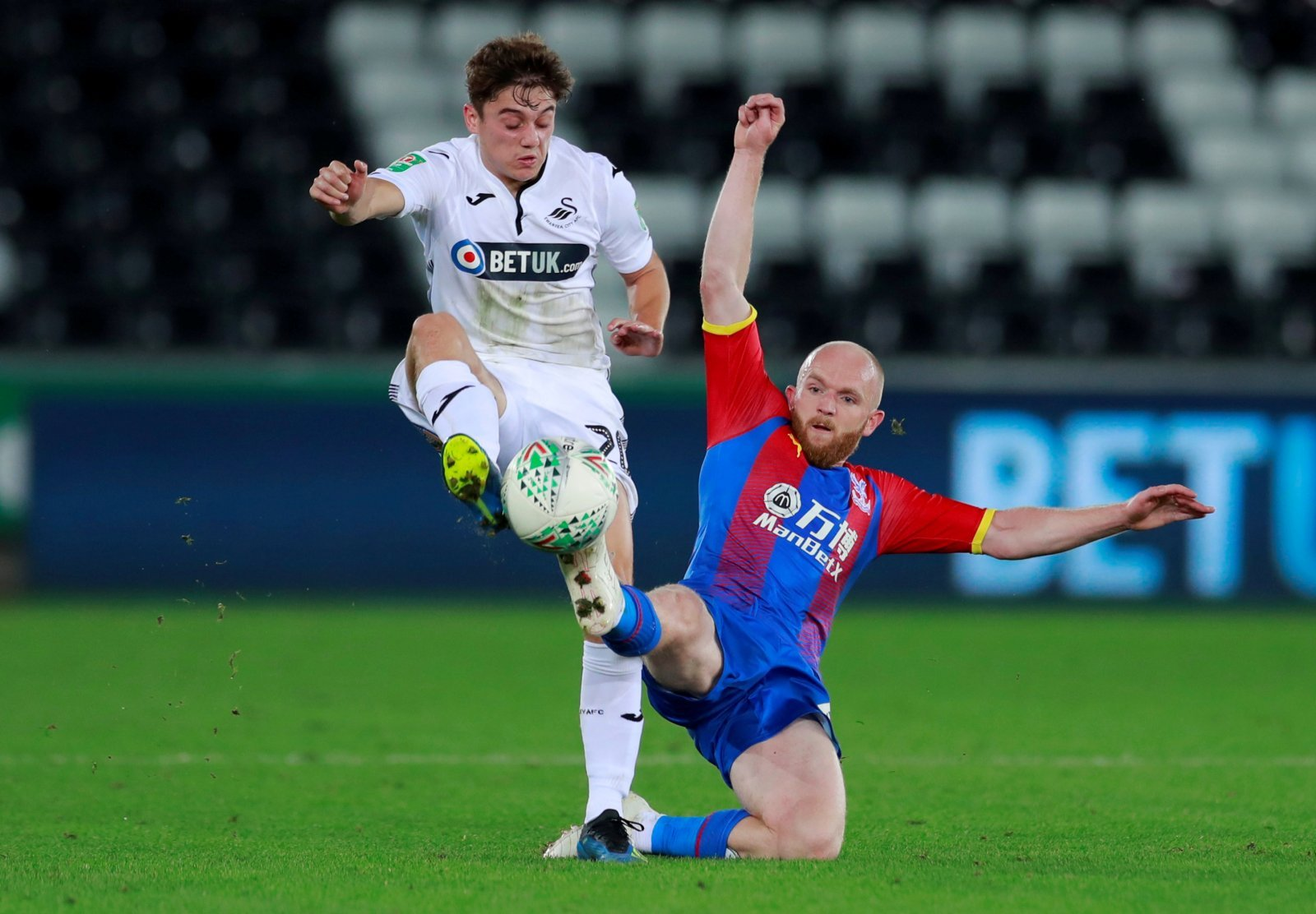 Leeds in talks over a fee for Swansea's Daniel James